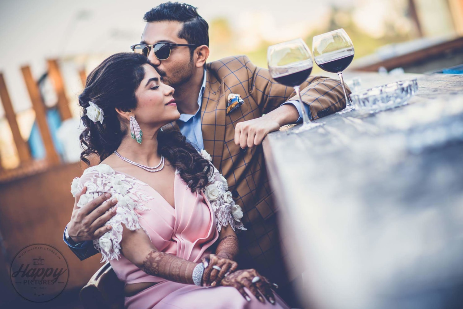 Couple Photography Ideas by Happy Pictures Wedding-photography | Weddings Photos & Ideas