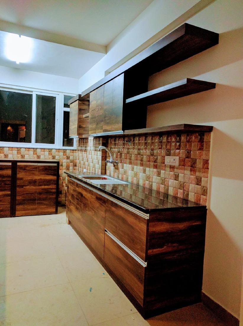 Chequered Tiling by Misaki Atelier Modular-kitchen Modern   Interior Design Photos & Ideas