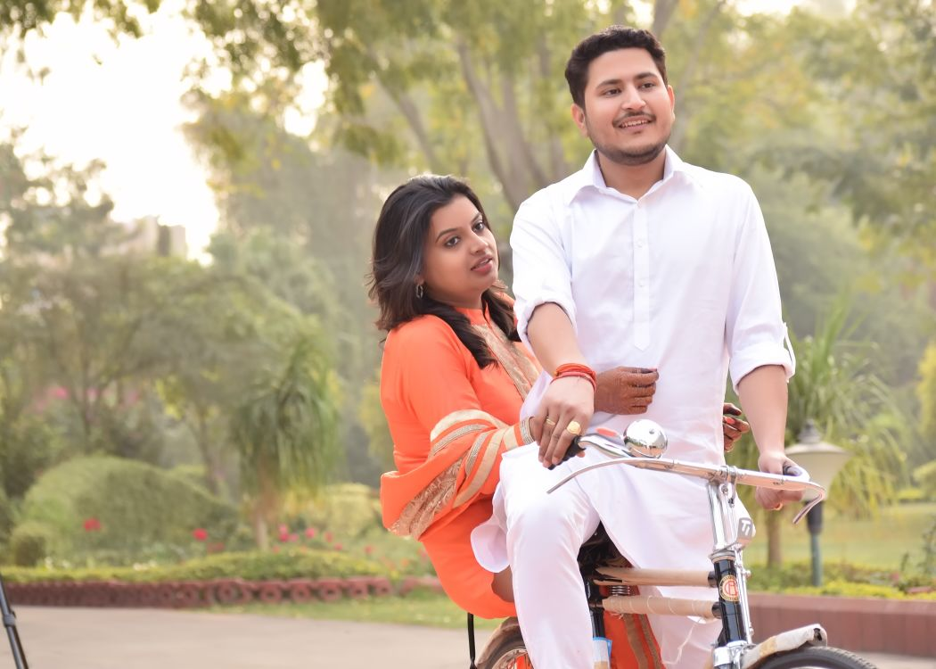 Casual Pre-wedding Shoot by Riddhi Photography Wedding-photography | Weddings Photos & Ideas
