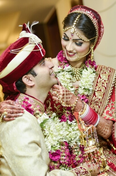 Bride And Groom Portrait by Riddhi Photography Wedding-photography | Weddings Photos & Ideas