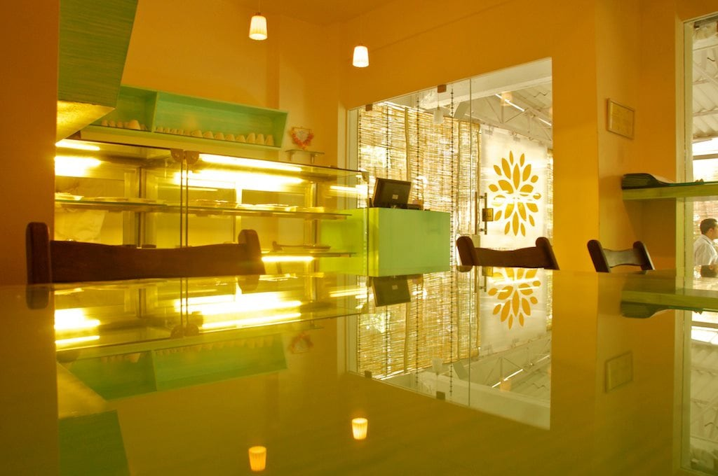 Restaurant by Design Kkarma Modern | Interior Design Photos & Ideas