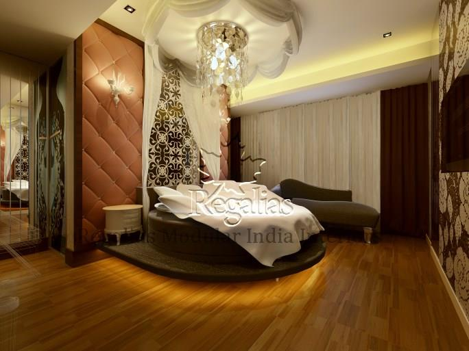 Wooden Finished Master Bedroom with wall decor by Regalias Interiors Bedroom Vintage | Interior Design Photos & Ideas