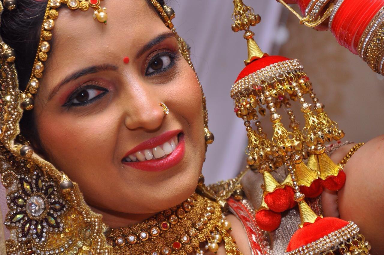 Bridal accessories by Heena Video Wedding-photography   Weddings Photos & Ideas