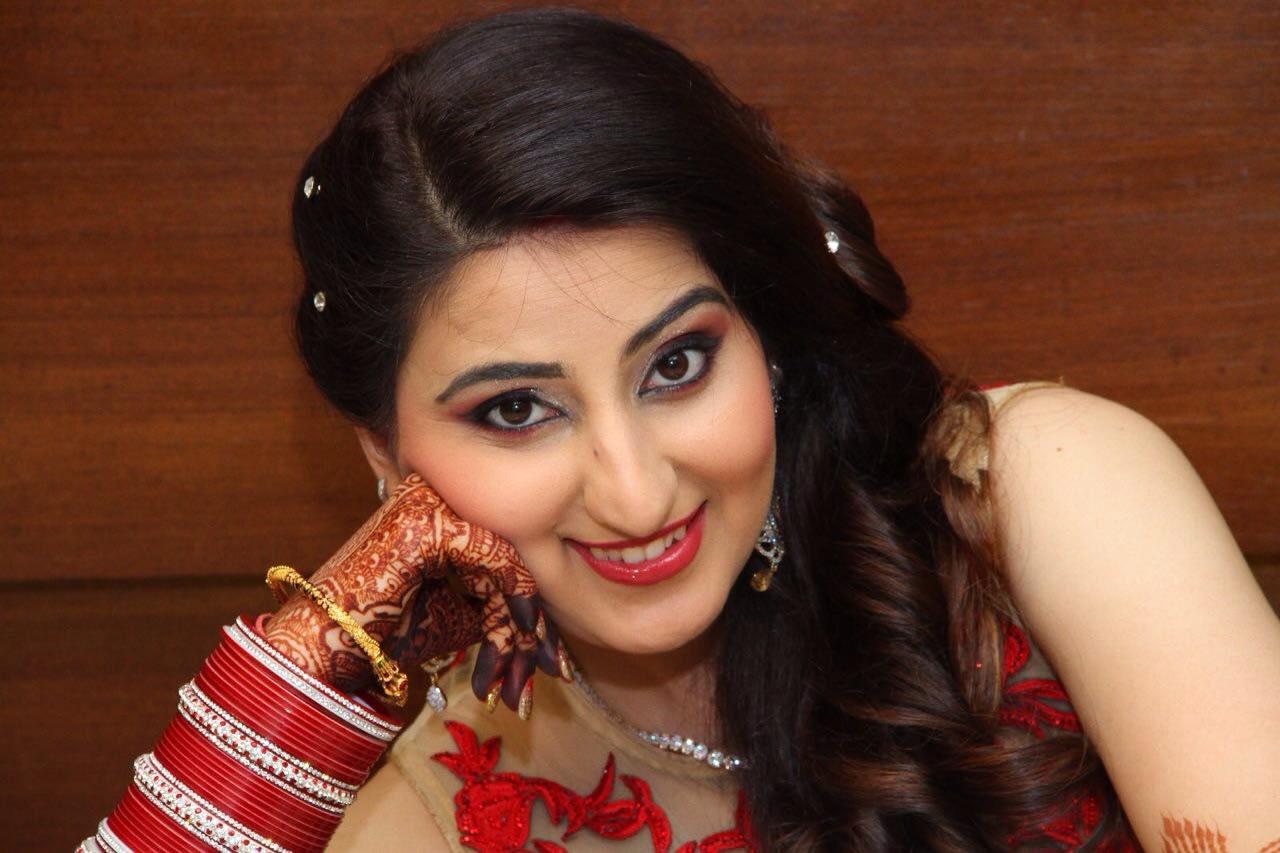 Bridal makeup by Heena Video Wedding-photography Bridal-makeup | Weddings Photos & Ideas