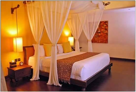 Bedroom With Half Tester Bed by HOC Designarch Bedroom Minimalistic | Interior Design Photos & Ideas
