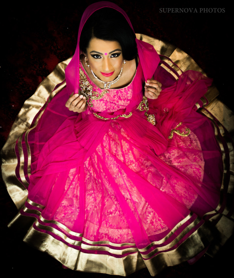 Bridal pose by Supernova Photos Wedding-photography | Weddings Photos & Ideas
