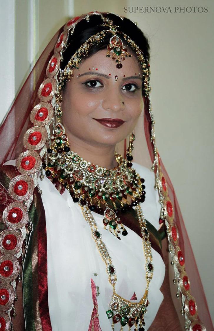 Bridal Gemstone Jewellery and makeup by Supernova Photos Wedding-photography Bridal-jewellery-and-accessories Bridal-makeup | Weddings Photos & Ideas