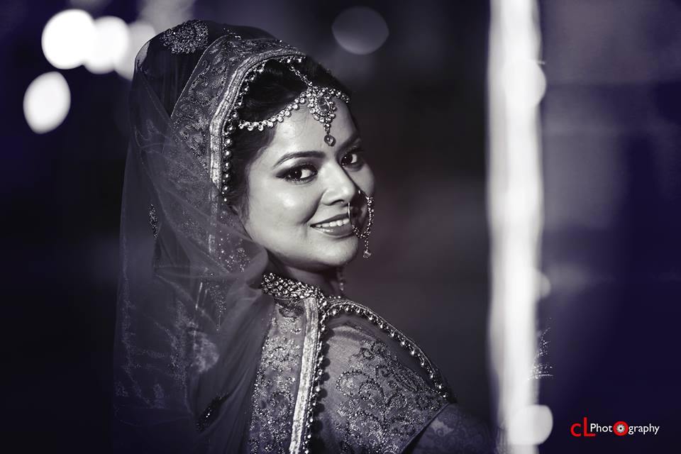 Black And White Bridal Photography Highlighting Her Accessories by CL Photography Wedding-photography Bridal-jewellery-and-accessories | Weddings Photos & Ideas