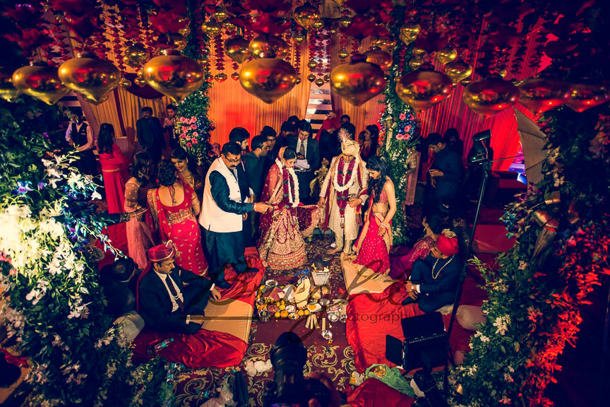 Fera Shot On Wedding Day by Gitesh Dhawan Wedding-photography Wedding-decor | Weddings Photos & Ideas