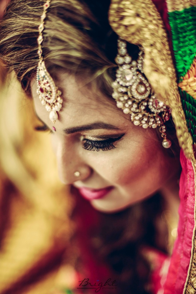 Smoky Winked Eye Makeup by Gitesh Dhawan Wedding-photography Bridal-makeup | Weddings Photos & Ideas