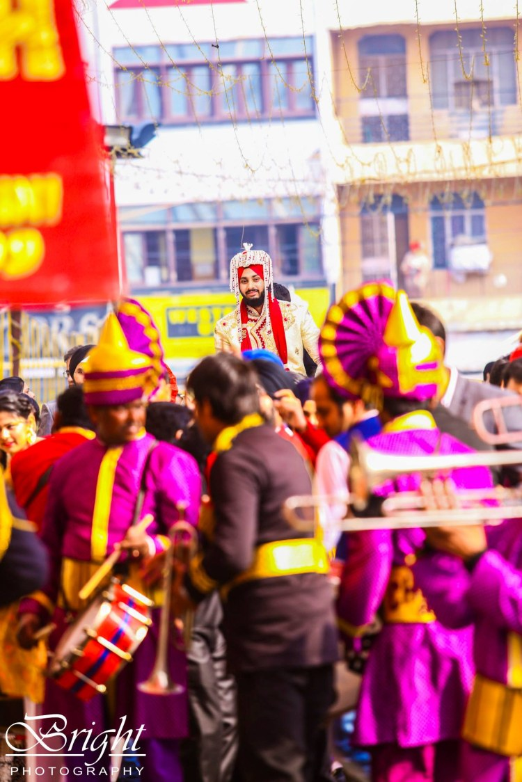 The one in the crowd! by Gitesh Dhawan Wedding-photography | Weddings Photos & Ideas