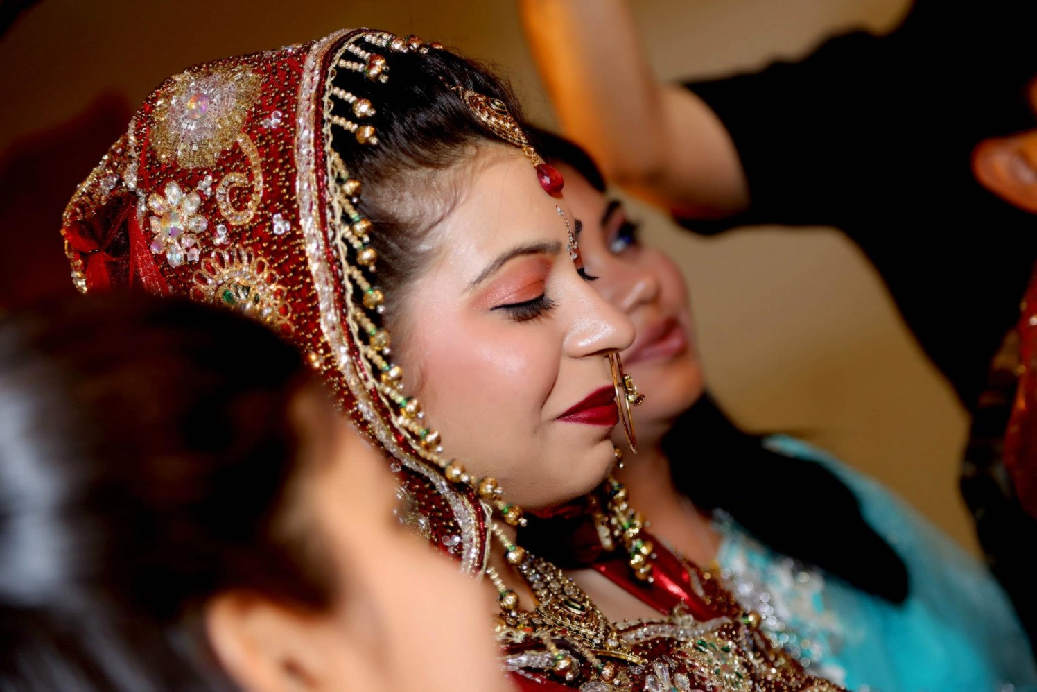 Bride's Side Shot by Gitesh Dhawan Wedding-photography Bridal-makeup | Weddings Photos & Ideas