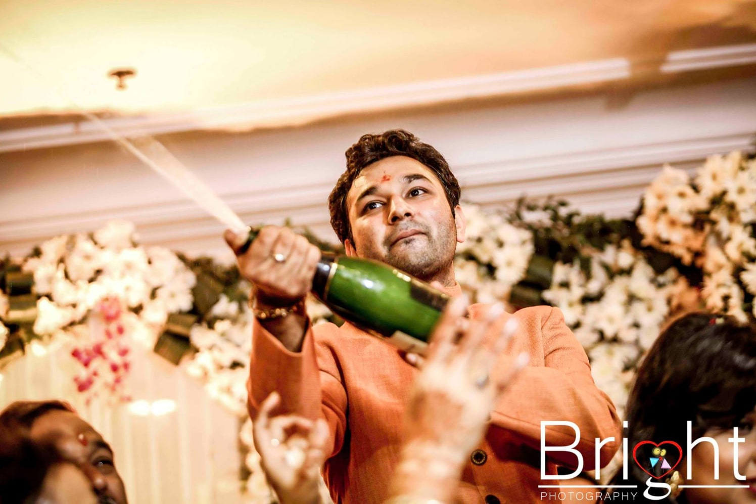 Champagne trend!! by Gitesh Dhawan Wedding-photography | Weddings Photos & Ideas
