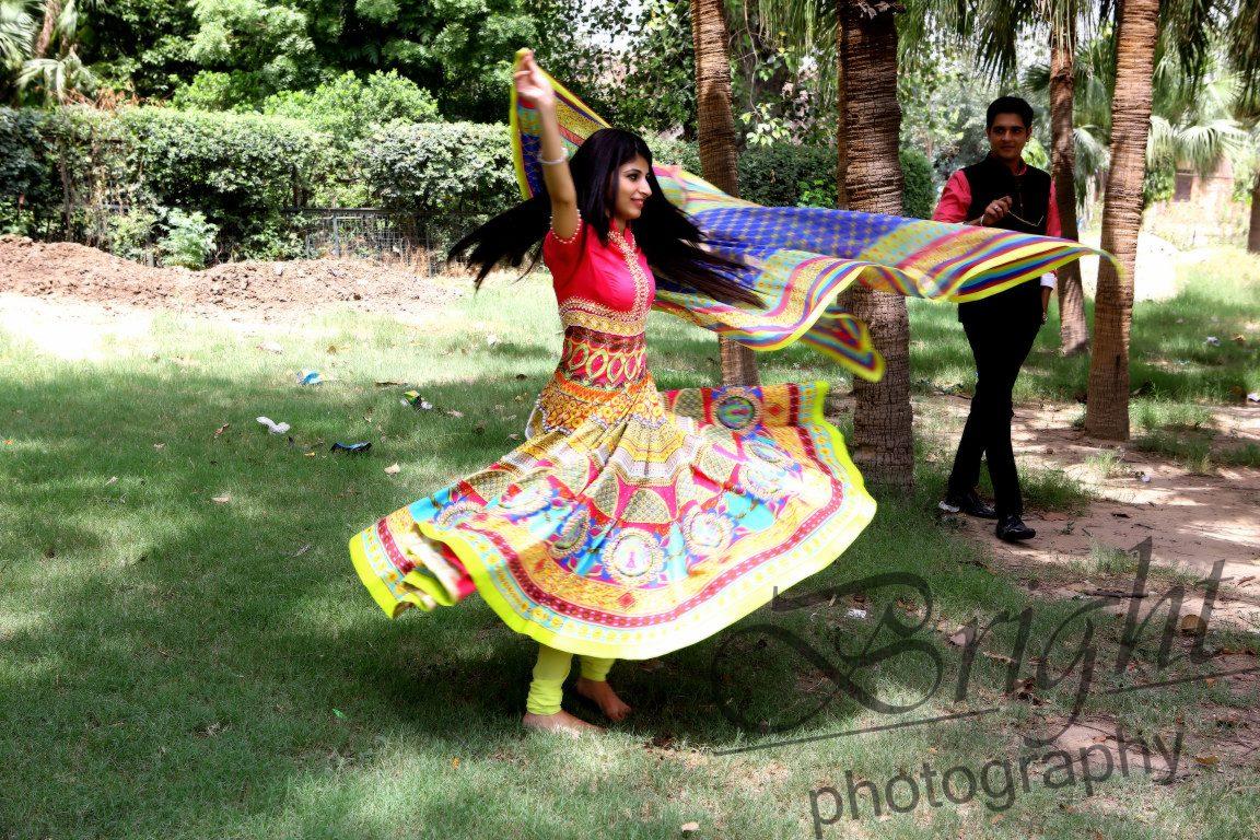 Colorful Anarkali For Pre-Wedding Shoot by Gitesh Dhawan Wedding-photography | Weddings Photos & Ideas