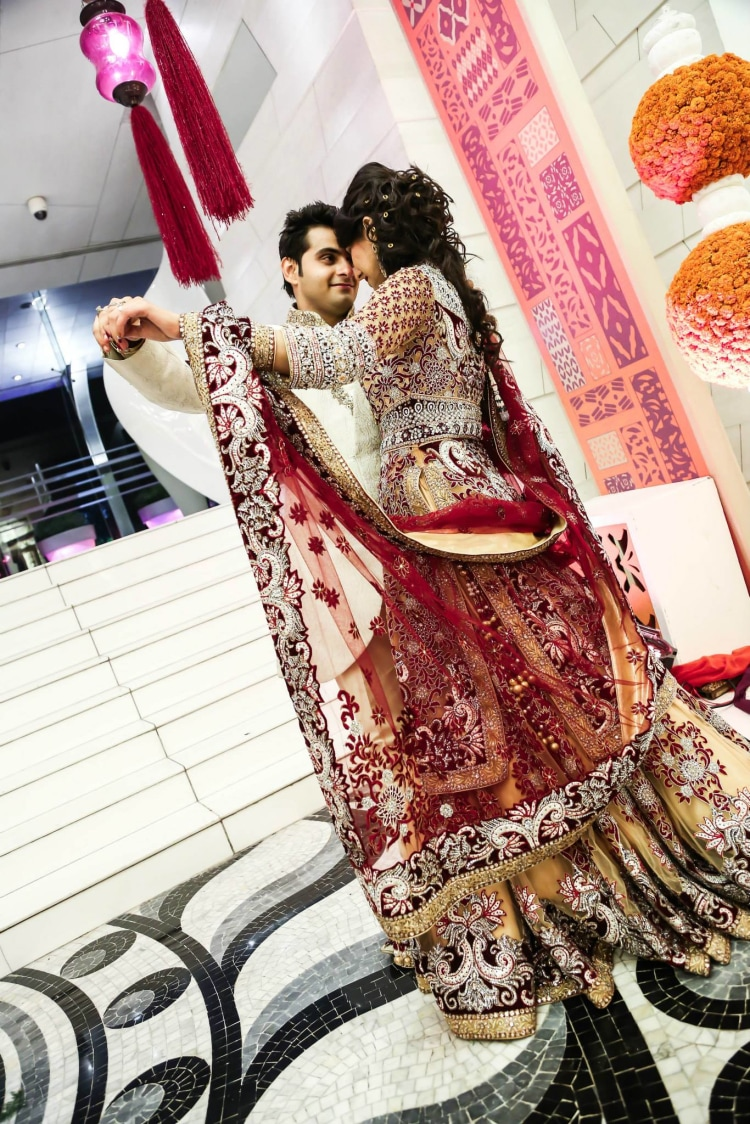 Dancing Shot Of Bride And Groom by Gitesh Dhawan Wedding-photography | Weddings Photos & Ideas