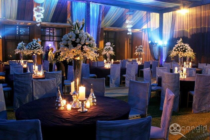Wedding Table And Seatings decor by Nilofer Nahid Wedding-decor | Weddings Photos & Ideas