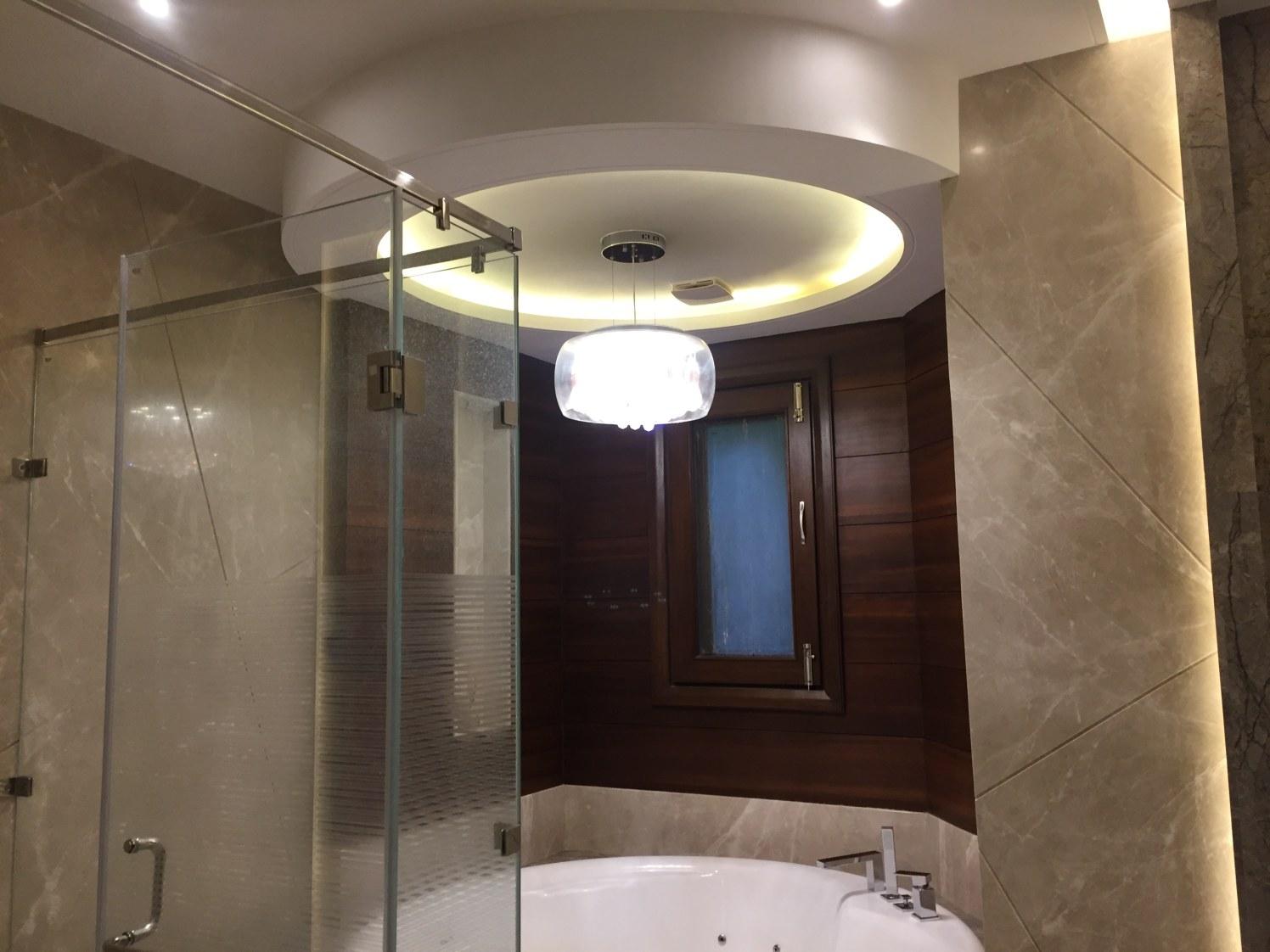 Bathroom Glass Walk In Shower by Tarique Anwar Bathroom Contemporary   Interior Design Photos & Ideas