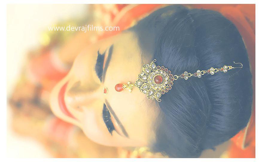 Elegant head adjunct by DEV RAJ FILMS & PHOTOGRAPHY Wedding-photography   Weddings Photos & Ideas