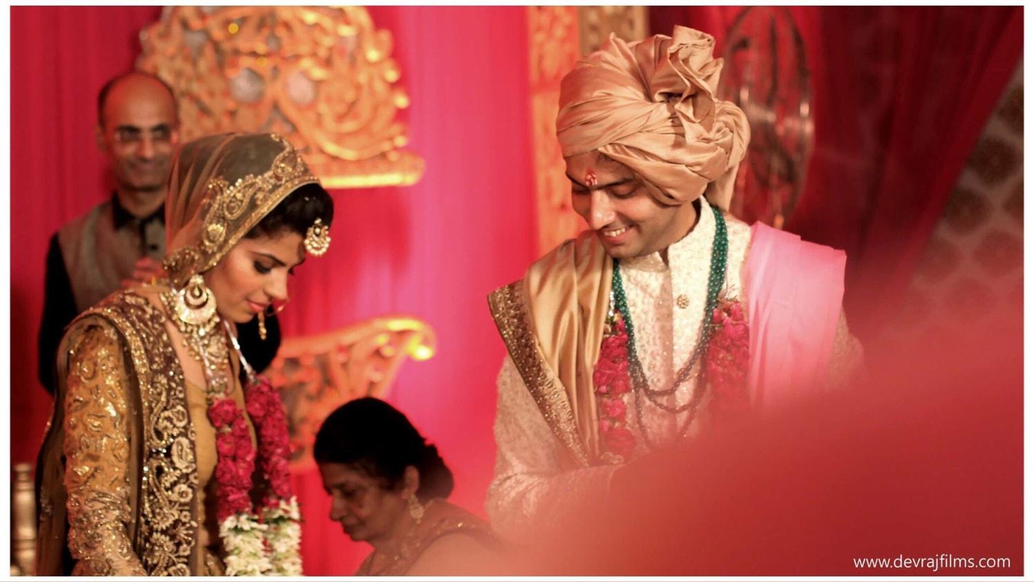 Preparing for ritual by DEV RAJ FILMS & PHOTOGRAPHY Wedding-photography | Weddings Photos & Ideas