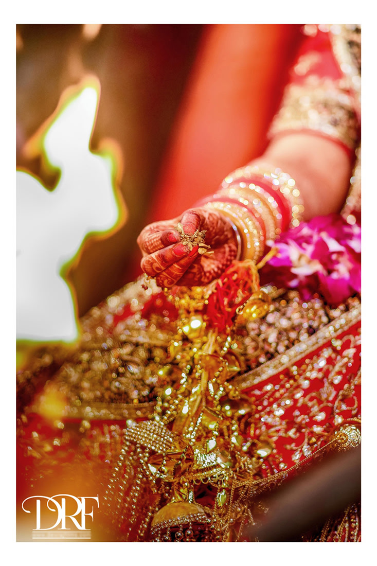 Hand adjunct by DEV RAJ FILMS & PHOTOGRAPHY Wedding-photography | Weddings Photos & Ideas