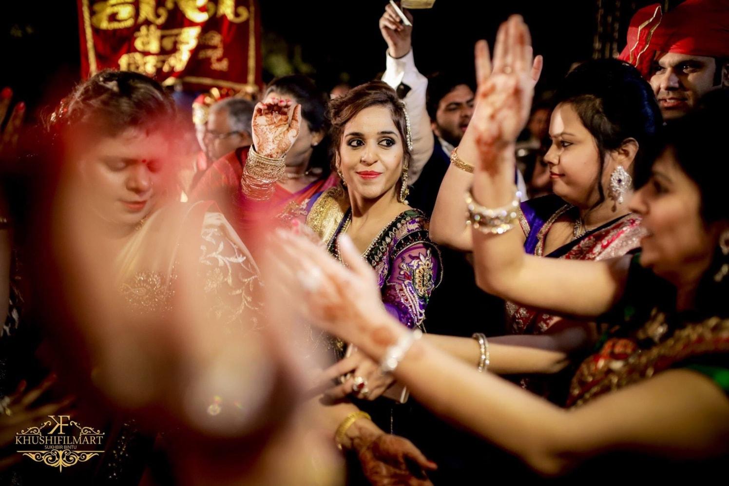 Ladies shake a leg! by Sukhi Singh Wedding-photography | Weddings Photos & Ideas