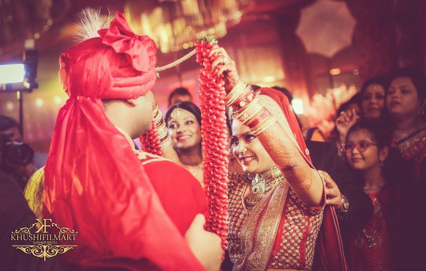 Jai mala moment! by Sukhi Singh Wedding-photography   Weddings Photos & Ideas