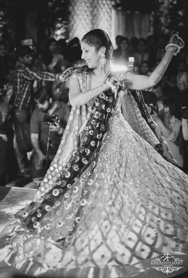 The bride goes flashy! by Sukhi Singh Wedding-photography | Weddings Photos & Ideas