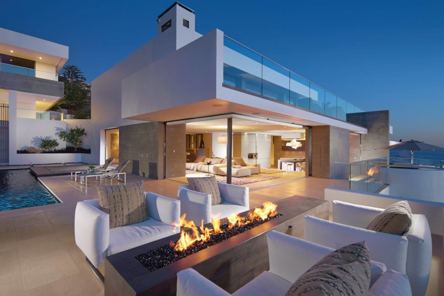 The Grande by JM Consilium Modern | Interior Design Photos & Ideas