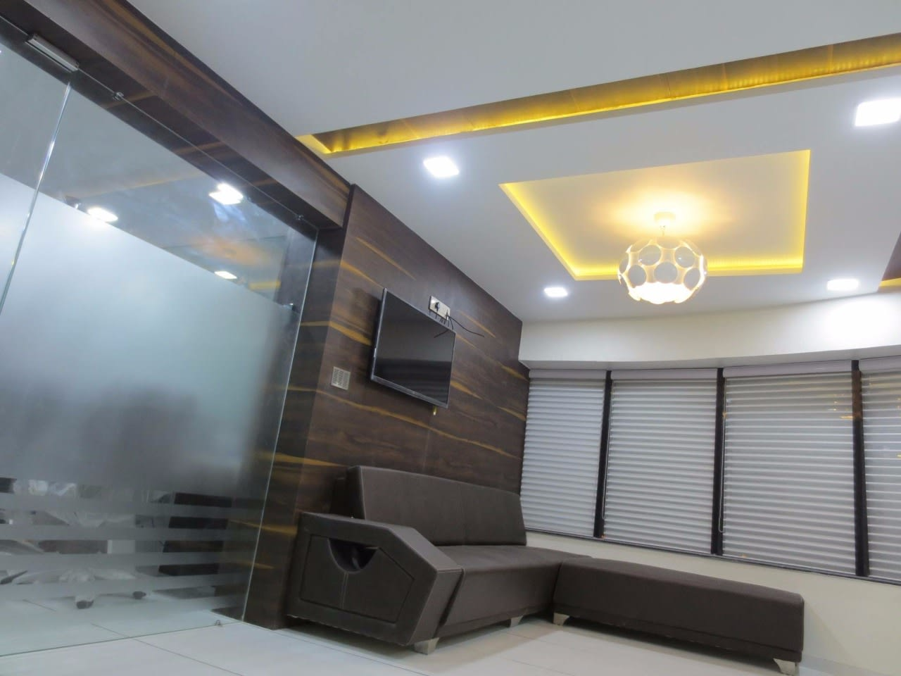 The Classy Look by 3D Isometric Pvt. Ltd. Contemporary | Interior Design Photos & Ideas