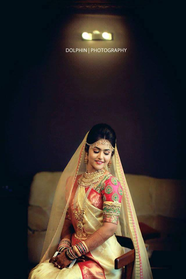 Elegant Bride Wearing Stunning Jewellery by Dolphin Photography Wedding-photography Bridal-jewellery-and-accessories | Weddings Photos & Ideas