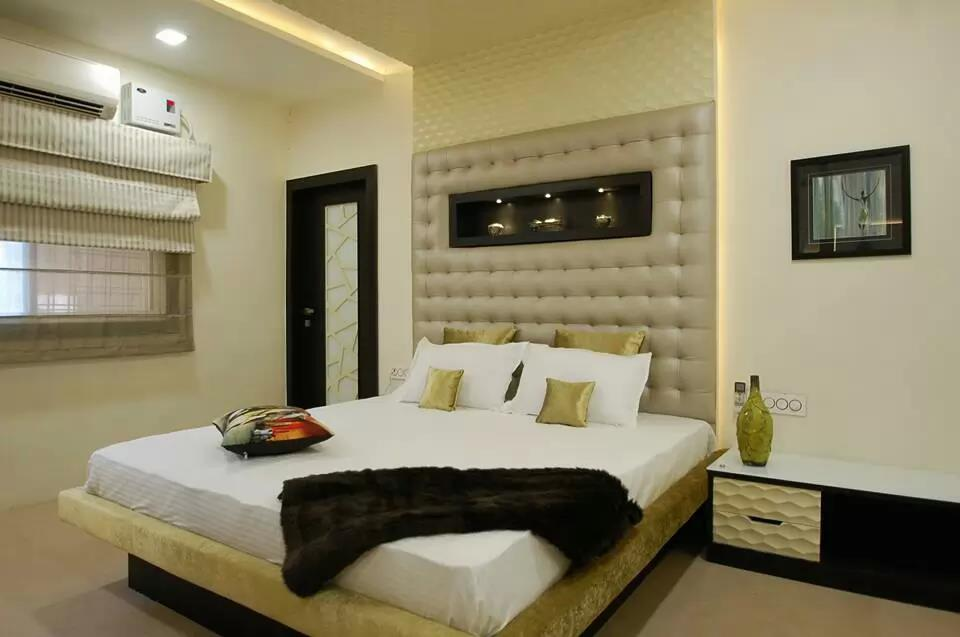 White And Beige Shaded Bedroom Space by Icraft Desginz and interiors Bedroom Modern | Interior Design Photos & Ideas