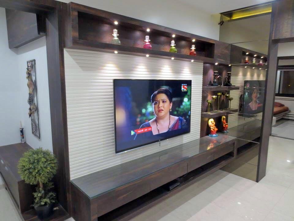 TV time by DesignInterio Modern | Interior Design Photos & Ideas