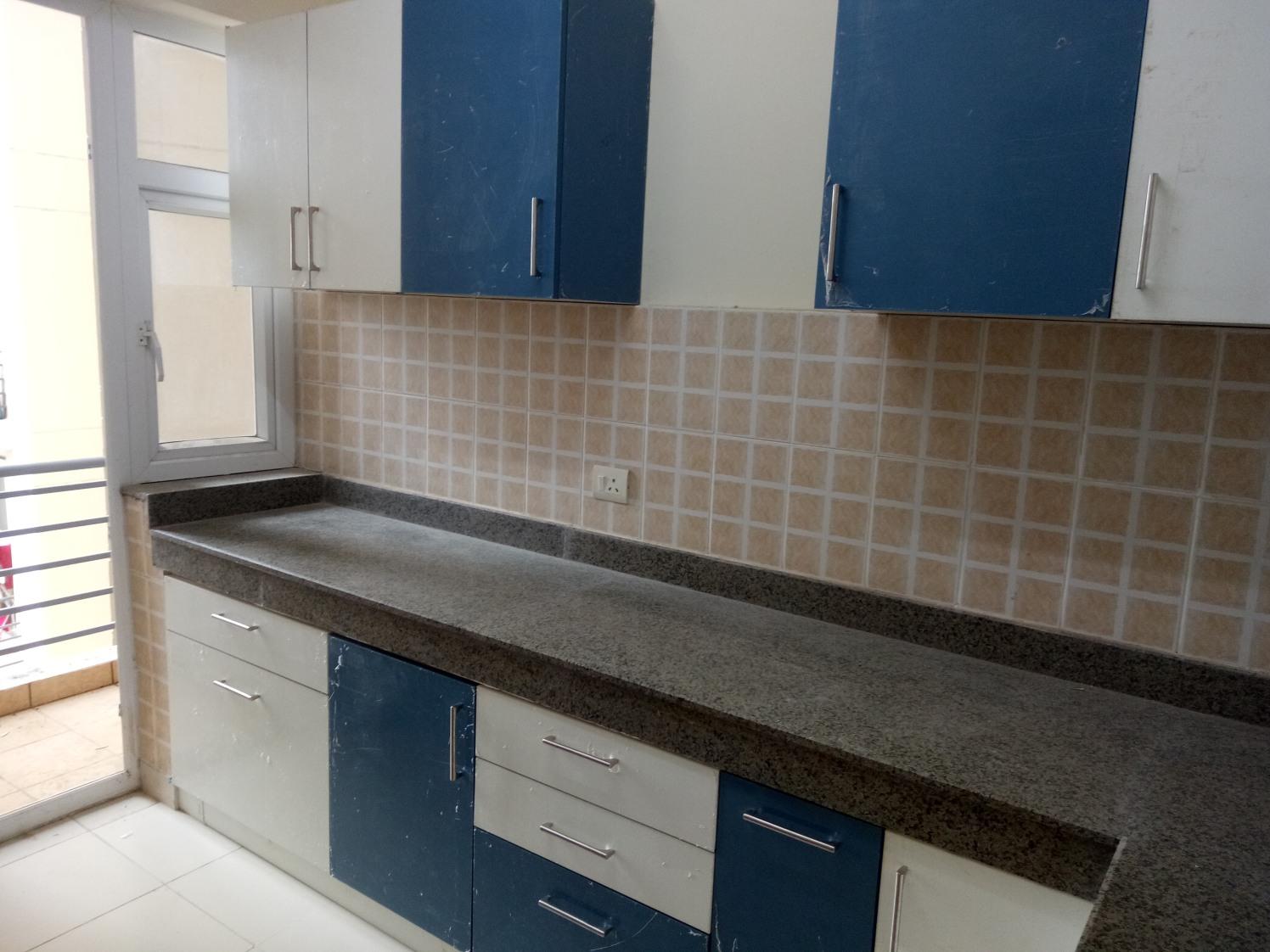 L Shaped Kitchen by Amit Sharma  Modular-kitchen Contemporary | Interior Design Photos & Ideas