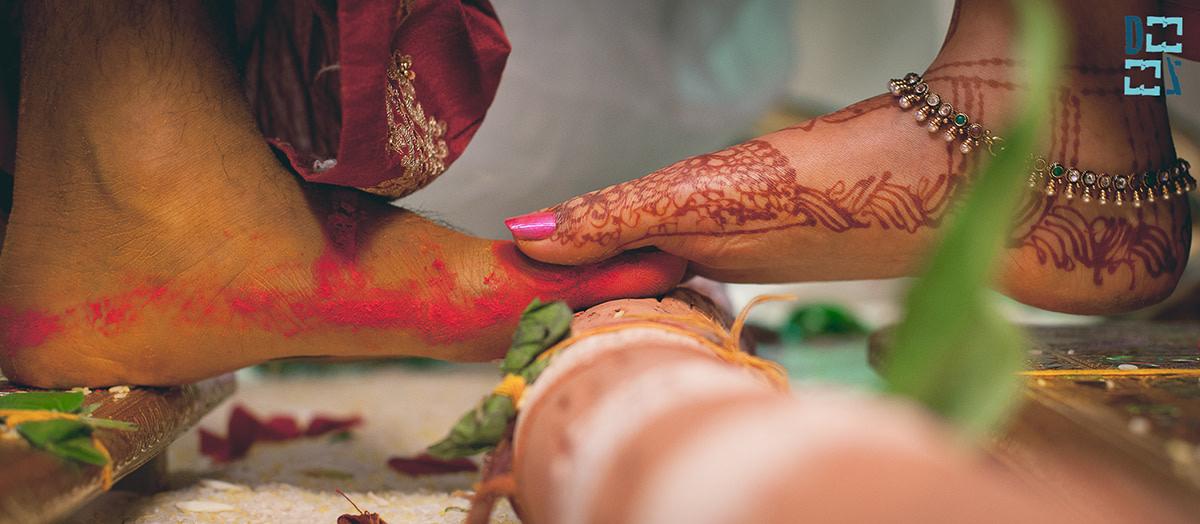 Foot on foot by Deezee Films Wedding-photography | Weddings Photos & Ideas