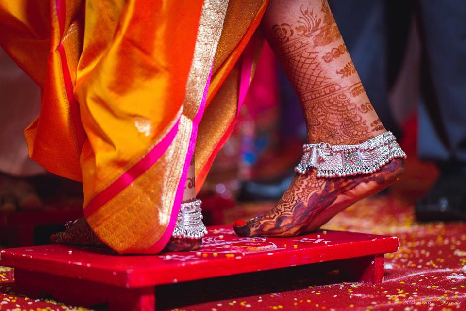 Aesthetic heena by Shrutika Sarang Photography Wedding-photography | Weddings Photos & Ideas