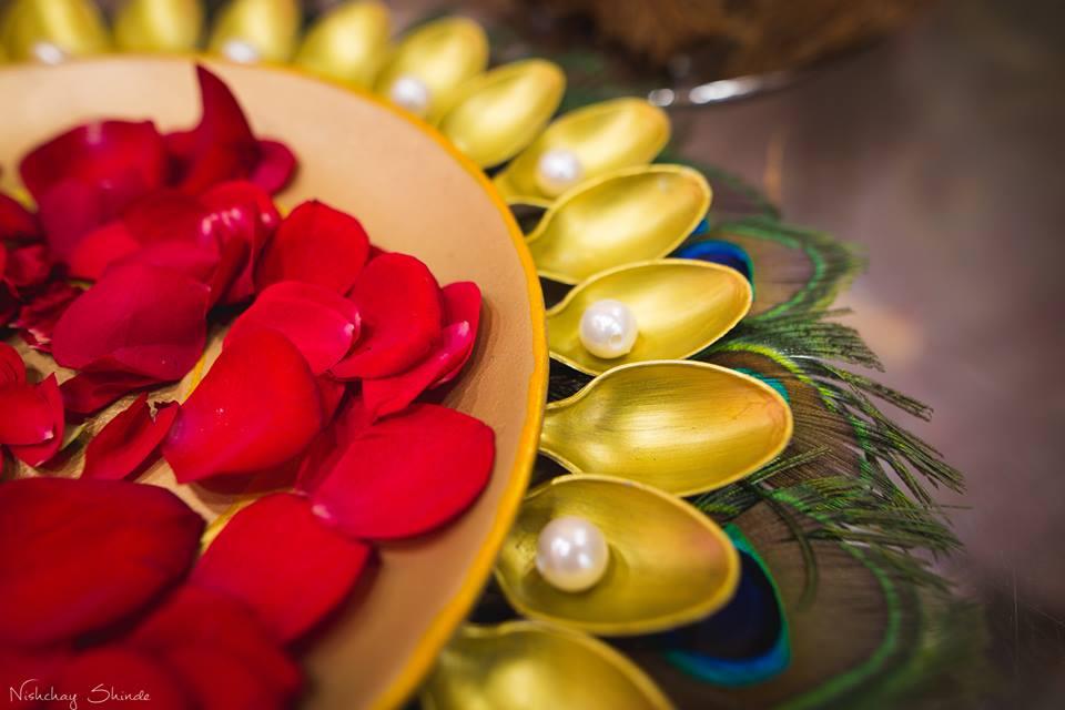 Pearly decoration by Shrutika Sarang Photography Wedding-photography | Weddings Photos & Ideas