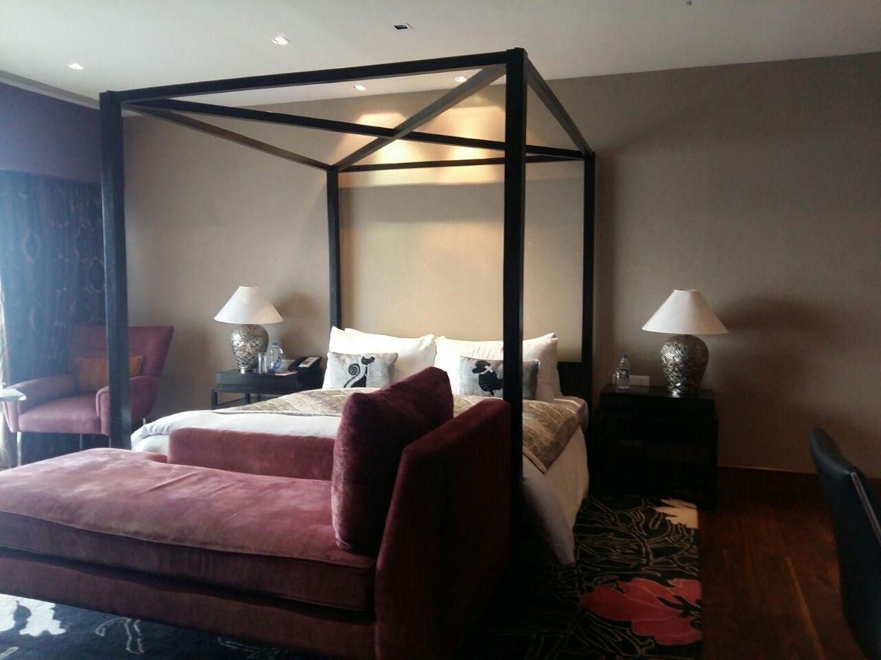 Red Wine Bed by Akaash Malik Interiors Contemporary | Interior Design Photos & Ideas