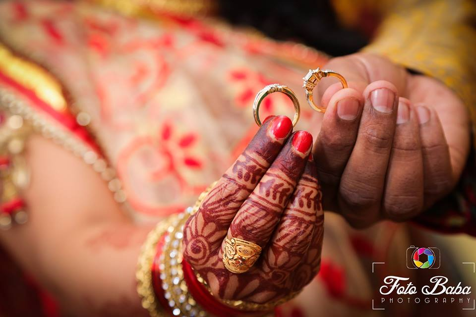 Engagement rings by Foto Baba Photography Bridal-jewellery-and-accessories | Weddings Photos & Ideas