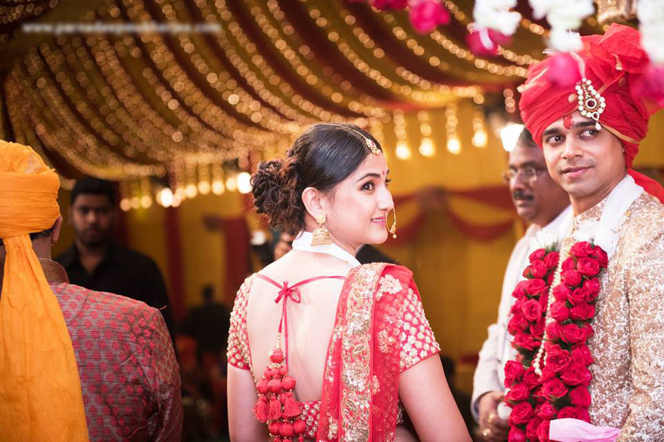 A lovely gaze! by Parnadeep Mukherjee Photography  Wedding-photography | Weddings Photos & Ideas