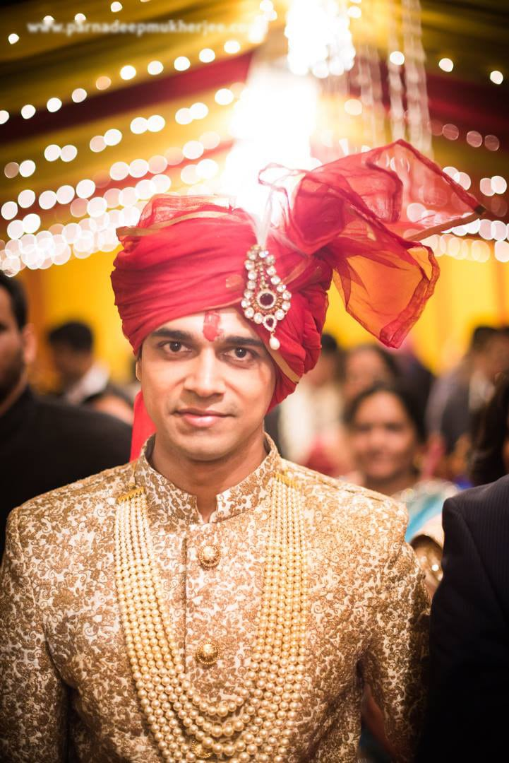 Groom in golden! by Parnadeep Mukherjee Photography  Wedding-photography | Weddings Photos & Ideas