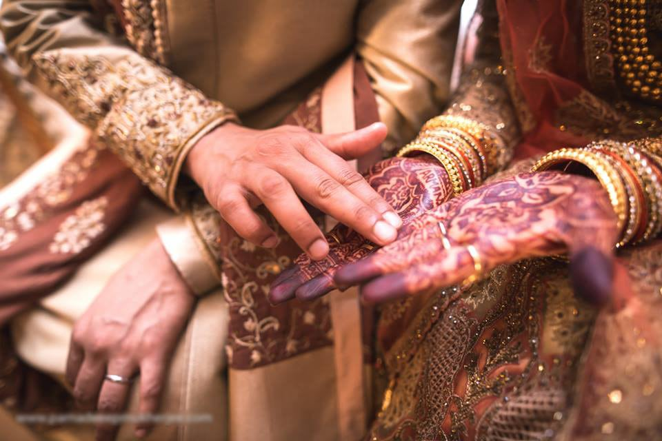 The touch! by Parnadeep Mukherjee Photography  Wedding-photography | Weddings Photos & Ideas