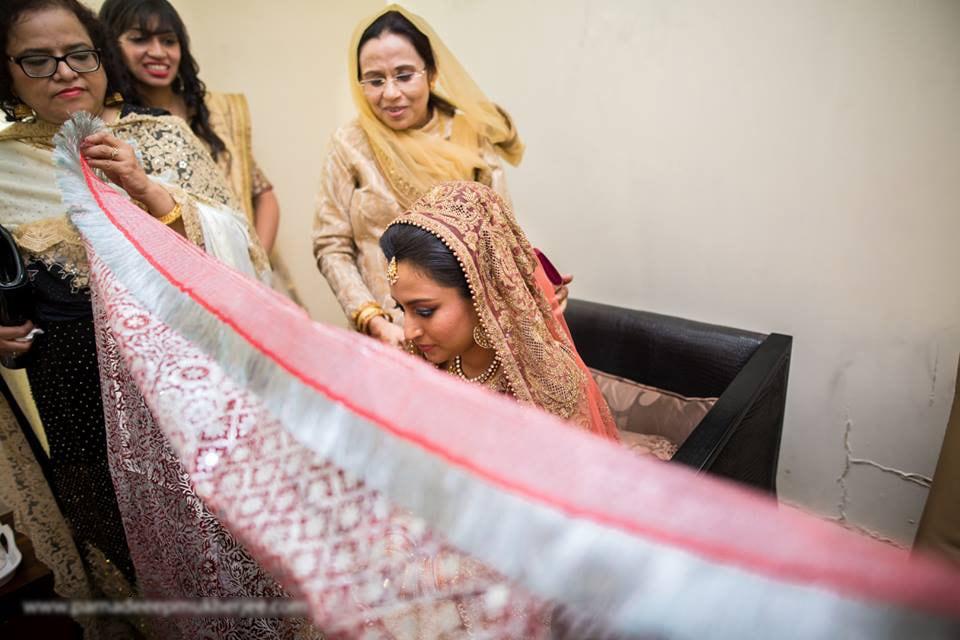 The wedding traditions! by Parnadeep Mukherjee Photography  Wedding-photography | Weddings Photos & Ideas