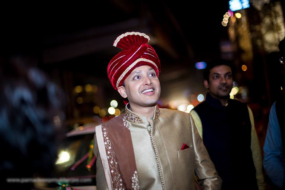 Thrilled groom! by Parnadeep Mukherjee Photography  Wedding-photography | Weddings Photos & Ideas