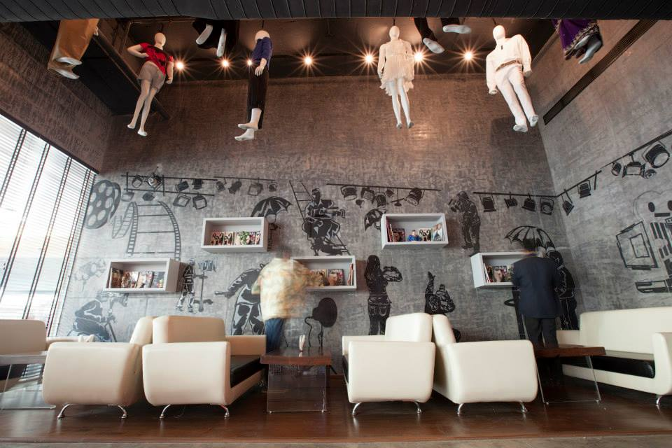 Eclectic Cafe Decor by Design Cafe Modern | Interior Design Photos & Ideas