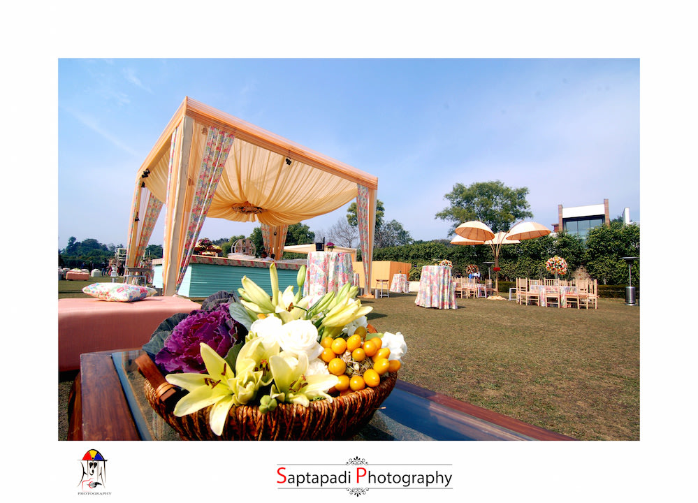Peach Themed Wedding Decor by Saptapadi Photography Wedding-photography Wedding-decor | Weddings Photos & Ideas