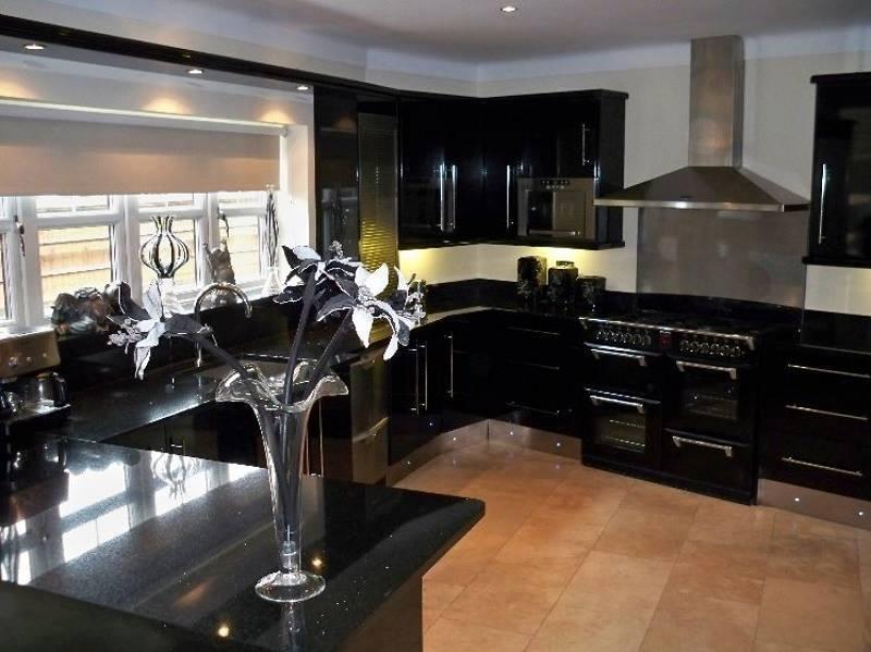 Modular U Shaped Kitchen With Black Shade Cabinets by Mohit Kumar Modular-kitchen Modern | Interior Design Photos & Ideas