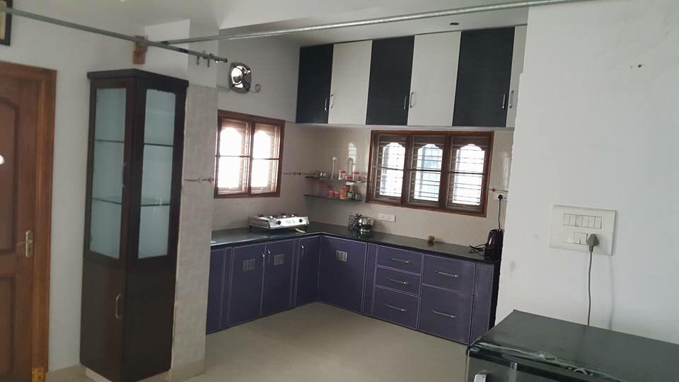 L shaped kitchen with kitchen cabinets by Shiva Interiors Modular-kitchen Minimalistic   Interior Design Photos & Ideas