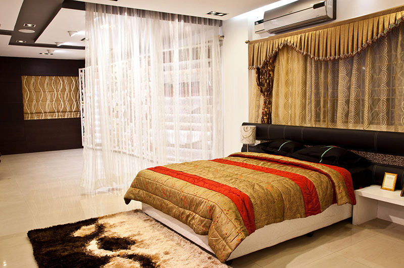 Red and gold Bedroom by Dinsignia Architects And Interiors Bedroom Modern | Interior Design Photos & Ideas