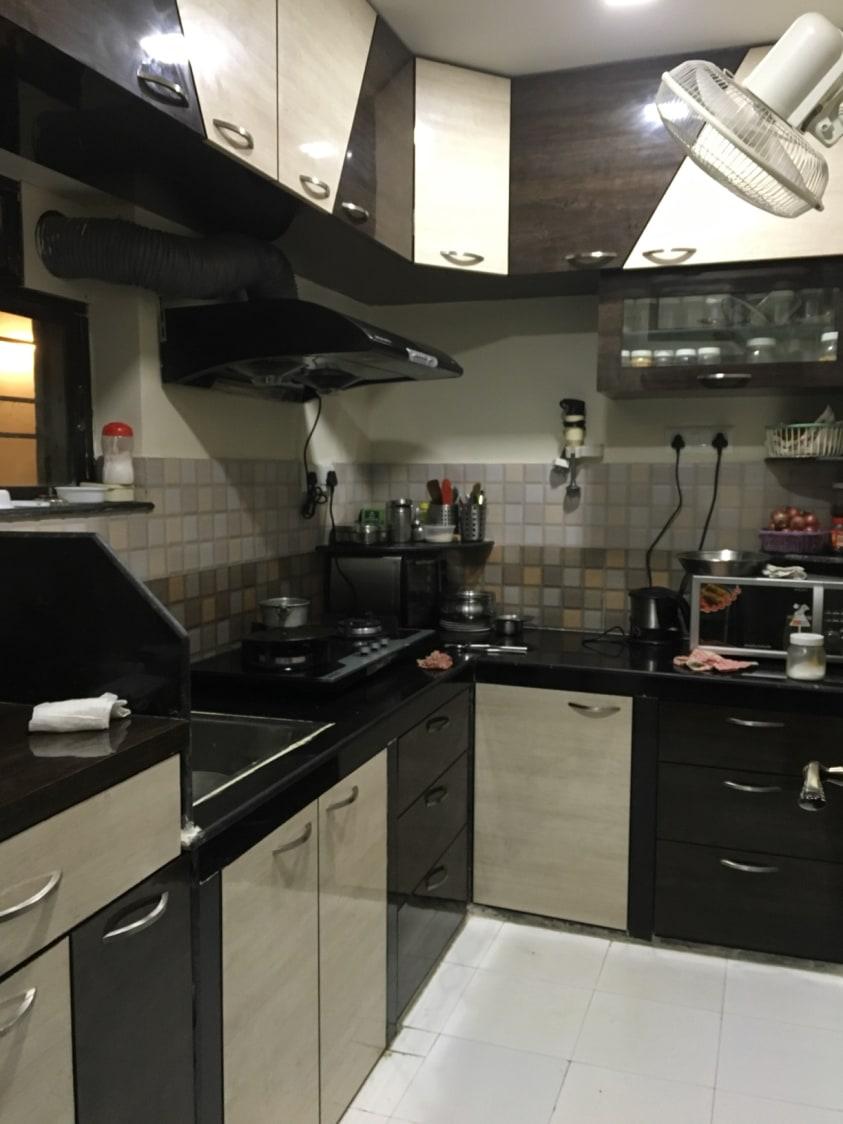 Flashy Cook's Room by Estudio RJ Modular-kitchen Modern   Interior Design Photos & Ideas