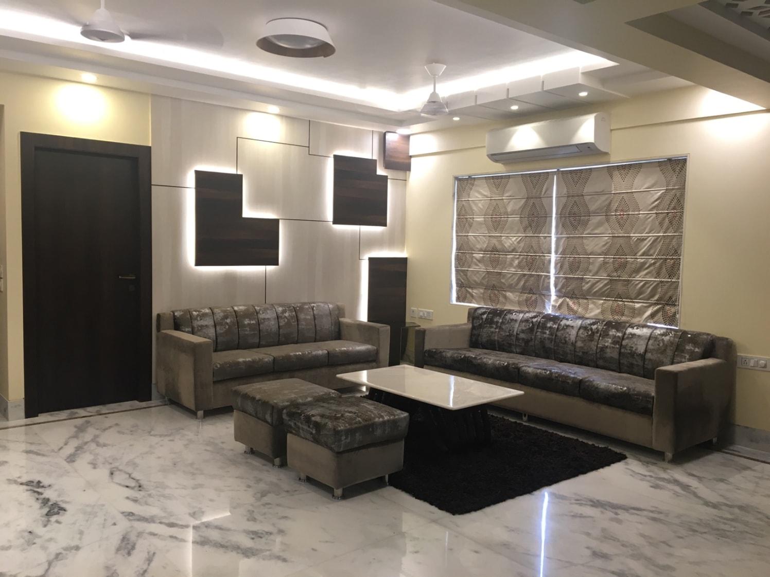 Living Room With False Ceiling by Rishi Mukherjee Living-room Contemporary | Interior Design Photos & Ideas